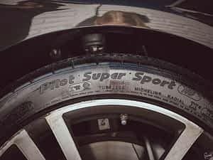Sam's Detailing Tyre Shine Action
